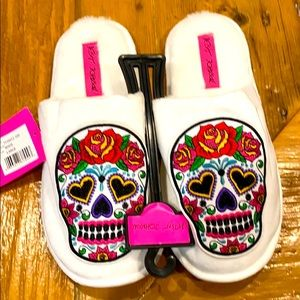 NEW Betsey Johnson Sugar Skull Calavera Slippers